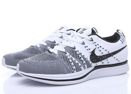 Mens & Womens (unisex) Nike Flyknit Trainer Grey White Italy